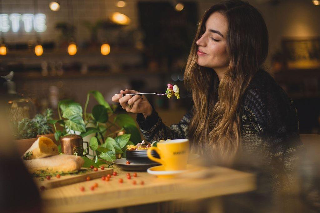断続的断食 (IF: Intermittent Fasting) – ファクトチェック